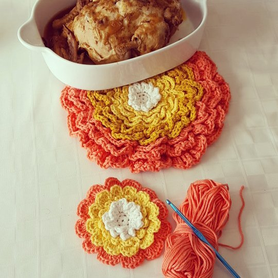 Crochet Giant Flower Hotpad